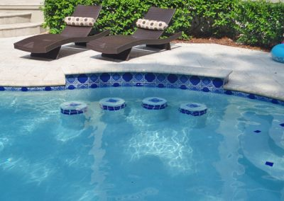 Special Features In Pool Seating